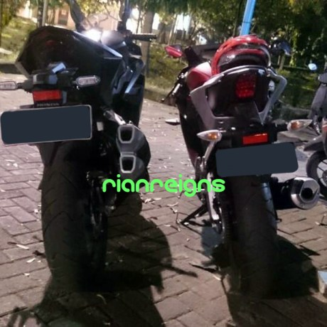 Buntut Honda CBR250RR VS Yamaha All new R15