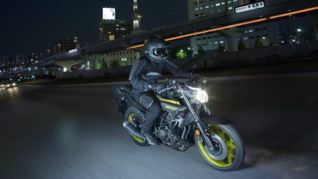 Testride Yamaha MT-03 Warna Hijau Stabilo Night Fluo MY 2018 UK 4