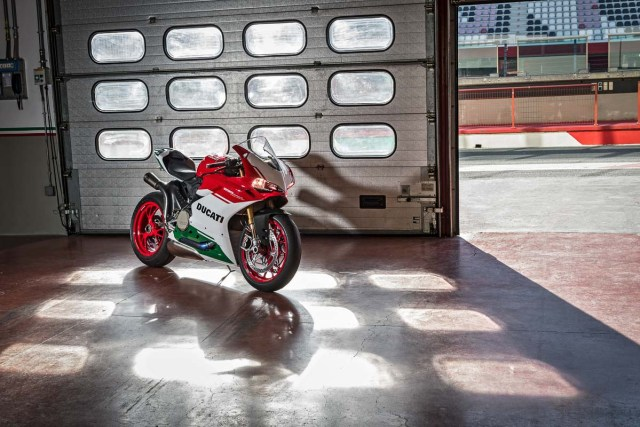 Ducati 1299 Panigale R FINAL EDITION 4 p7