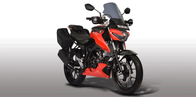 Suzuki GSX-S150 Touring Edition Warna merah stronger red Titan