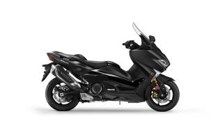 Studio Yamaha New TMAX Warna Hitam Liquid Darkness MY 2018 2 p7