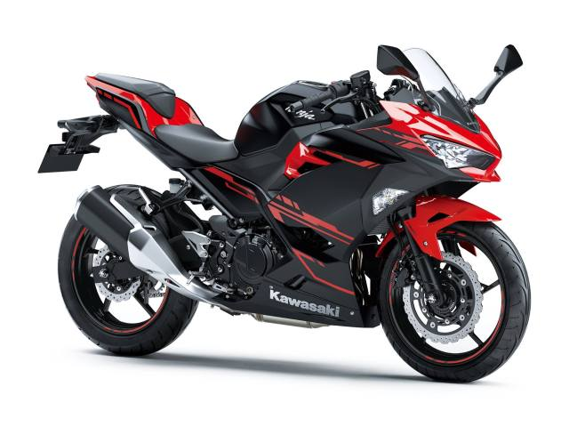 All New Kawasaki Ninja 250 FI Versi 2018 Warna Hitam Merah ABS