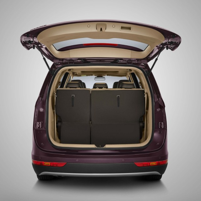 Rear Bagage Wuling Cortez Indonesia p7