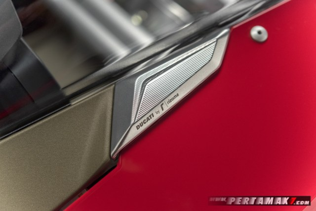 Akesoris Ducati Panigale V4 By Rizoma MIRROR HOLE COVERS