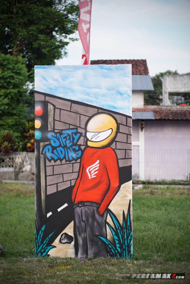 Mural Safety Riding