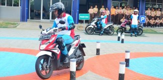 YAHM Safety Riding Lab Astra Honda03 P7