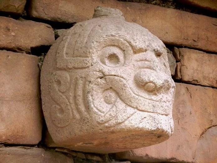 Cabeza Clava-Chavín de Huantar