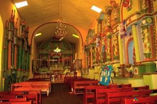 La iglesia en su interior fotografiada en horas de la tarde.