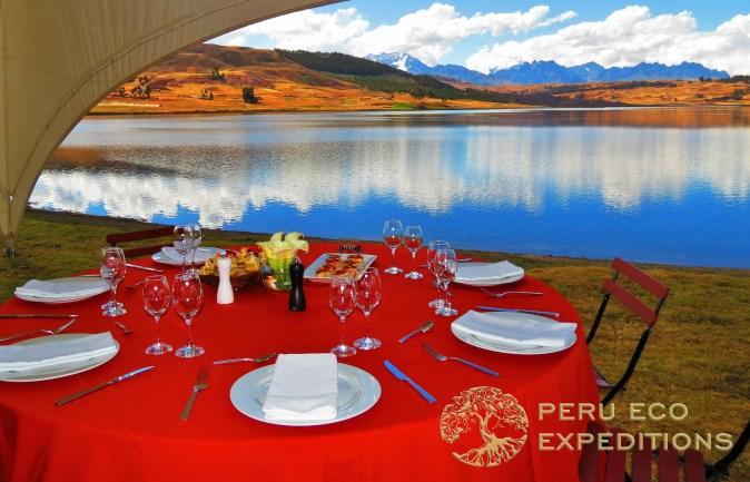 Huaypo Luxury Picnics - Peru Eco Expeditions