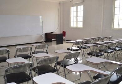 Di Sekolah dan Kantor (1)