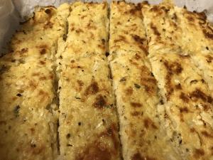 Keto cheesy cauliflower breadsticks/mozzarella sticks