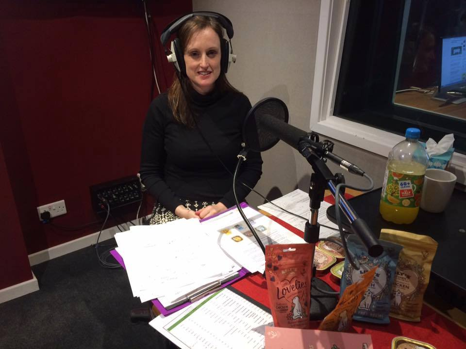 Talking about cat and dog behaviour on the radio