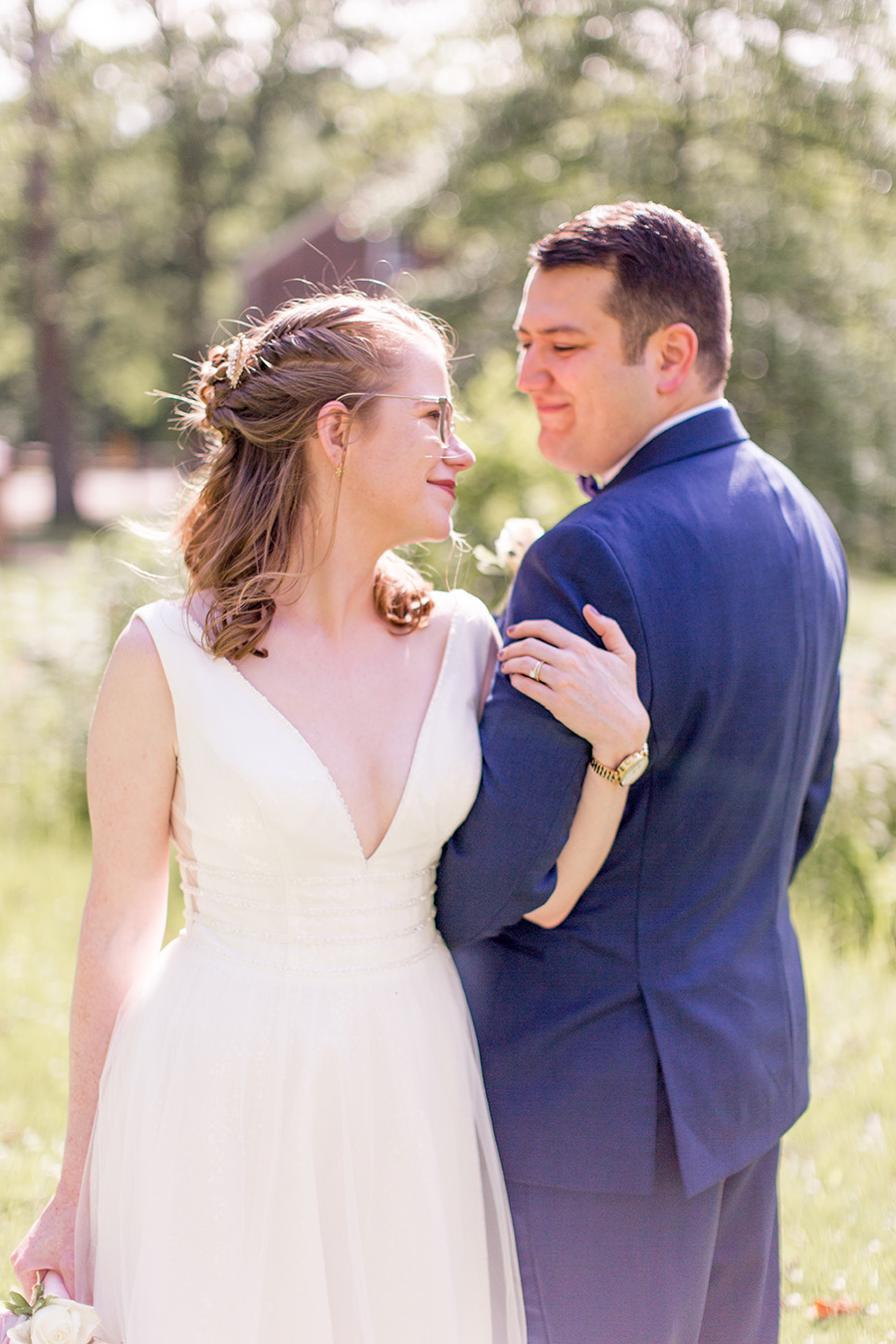 bride and groom at allaire state park