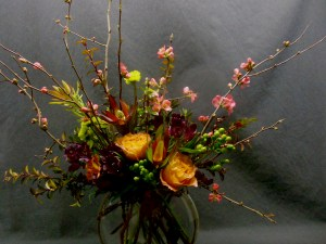 picture of bowl of Roses and other flowers