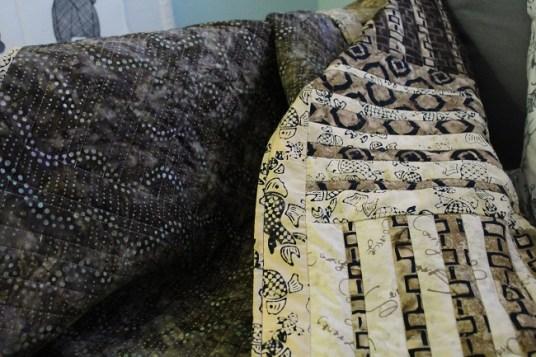batik-quilt-front_back