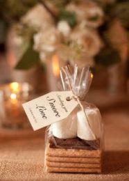 68815188110ca76e5af38589aa03d060--simple-wedding-foods-winter-wedding-simple