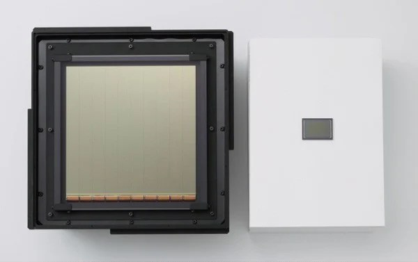 Rumor: Canon Hopes to Launch a Digital Medium Format System in 2014 canonlargecmos