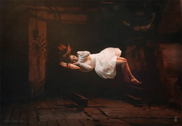 Surreal Photos of Women Floating in Zero Gravity by Nikolay Tikhomirov zero gravity nikolay 5