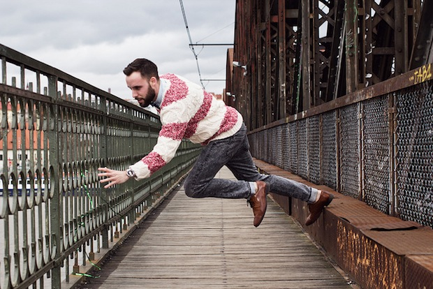 Photos of Falling Subjects Moments from Disaster falling3