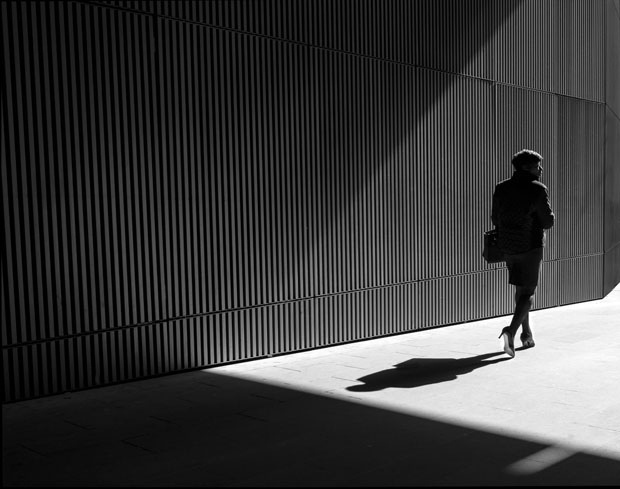 Photographer Uses Light and Shadows to Frame Human Forms in the City manonearth 11