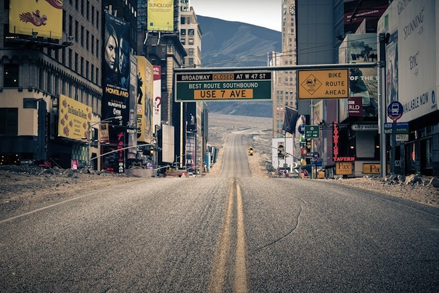 Photos of New York City Inside the Grand Canyon Contrast Emptiness and Density merge6