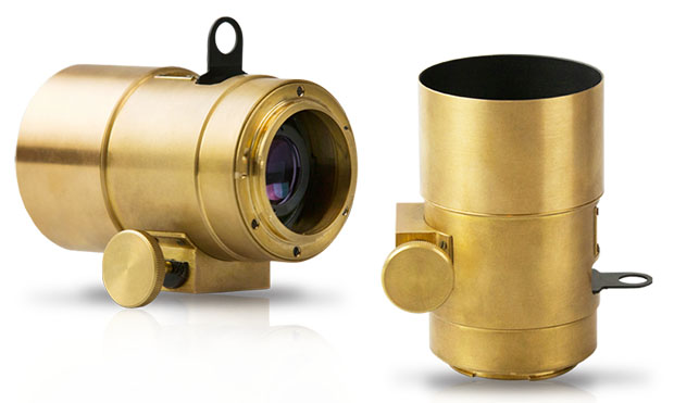 Lomography Resurrects the 19th Century Petzval Lens for Canon and Nikon SLRs petzval2