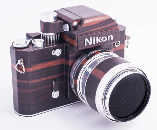 Nikon F2D: A Homemade Digital Nikon F2 Replica Crafted Out of Wood woodennikonf2d 7