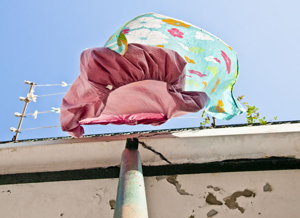 Laundry Around the World Photographed From Below Sivan Askayo Intimacy 13 1024