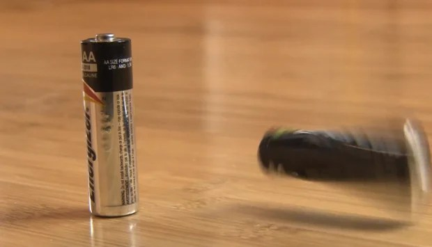 Use This Simple Drop Test to See if Your Batteries Are Juiced batterytest1
