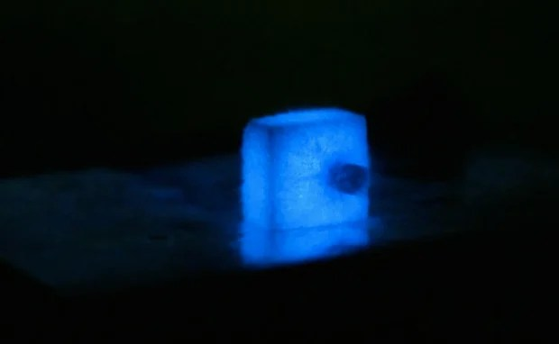 Photographing a Speeding Bullet Using a Sugar Cube as Your Only Light Source bulletsugar1