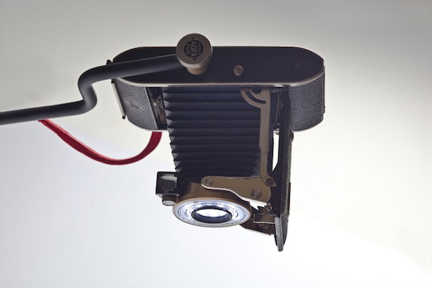 Company Gives Old Cameras and Strobes New Life as Light Fixtures cameralamp2