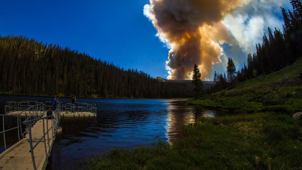This Awe Inspiring Time Lapse Captures the Power of the 2013 Colorado Wildfires coloradowildfire 4