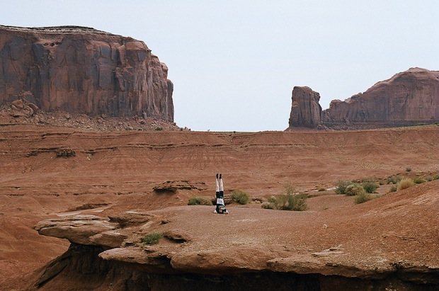 Quirky Self Portraits of Photographer Alex Wein Doing Headstands Across the World headstands4