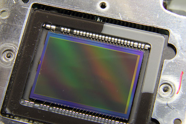 Scratching the Color Filter Array Layer Off a DSLR Sensor for Sharper B&W Photos sensor1
