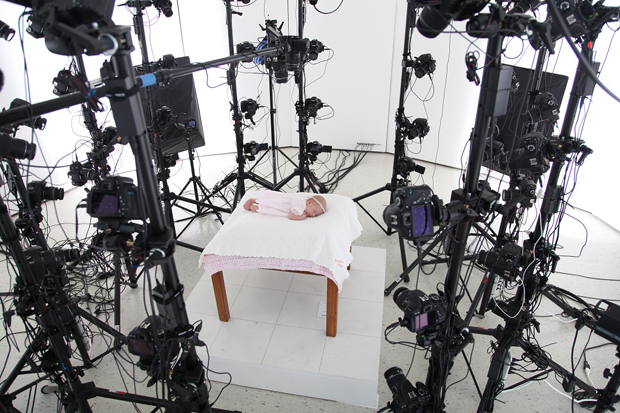 This Crazy Rig of 60 DSLRs Can Turn You Into a 3D Selfie Sculpture xIMG 0025.jpg.pagespeed.ic .TP LDuzYup