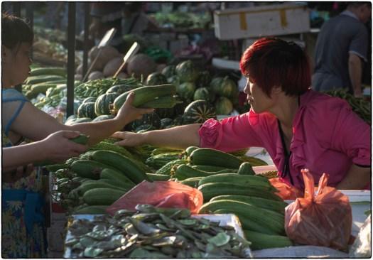 Early morning market – Qingxi, China
