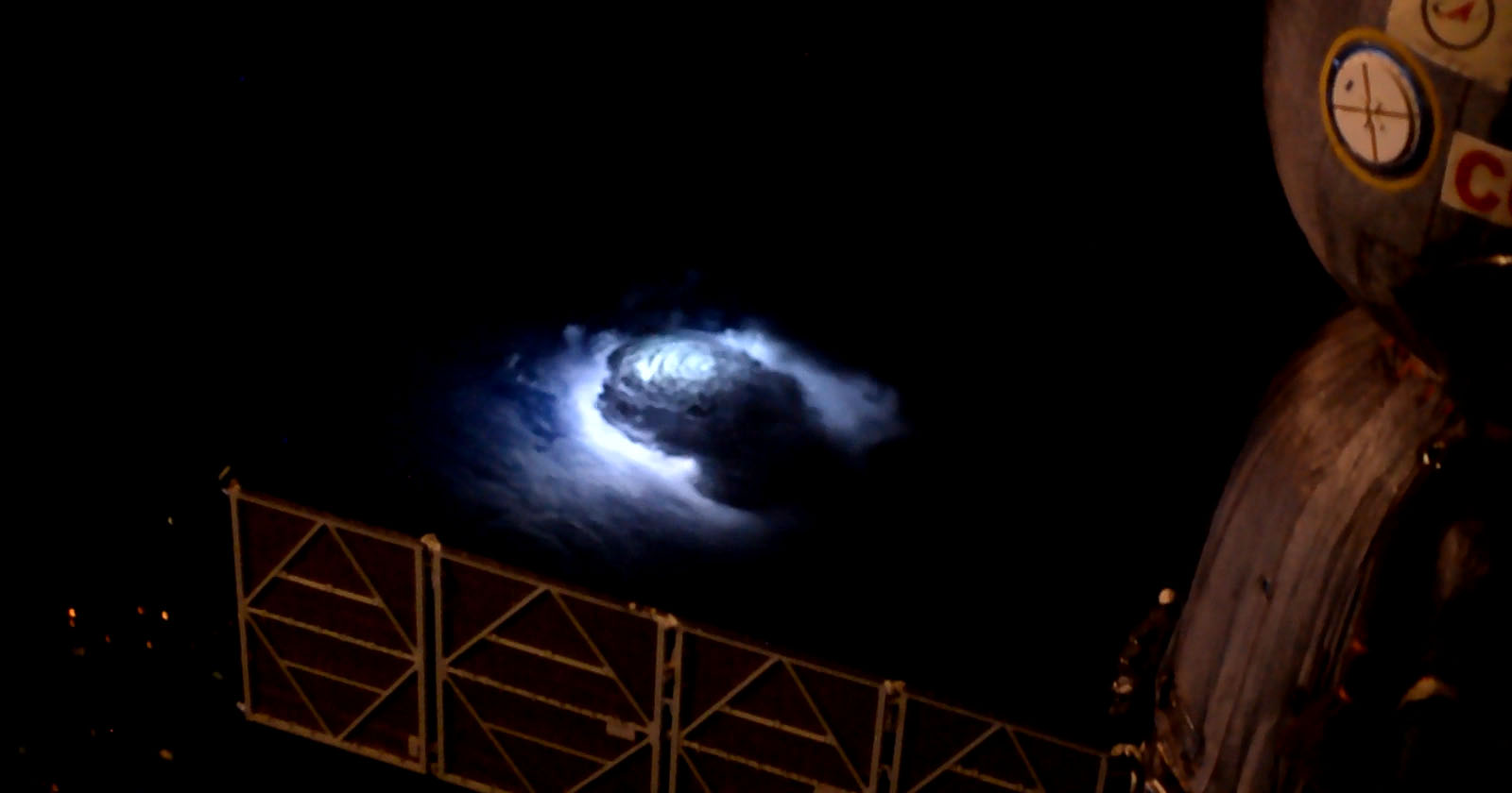 Astronaut Captured Blue Lightning On Camera From The Iss