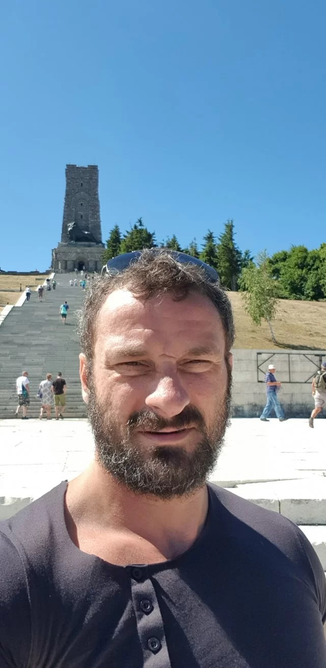 Петър Низамов
