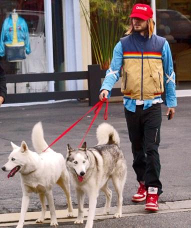 Jared Leto com seu Husky Siberiano