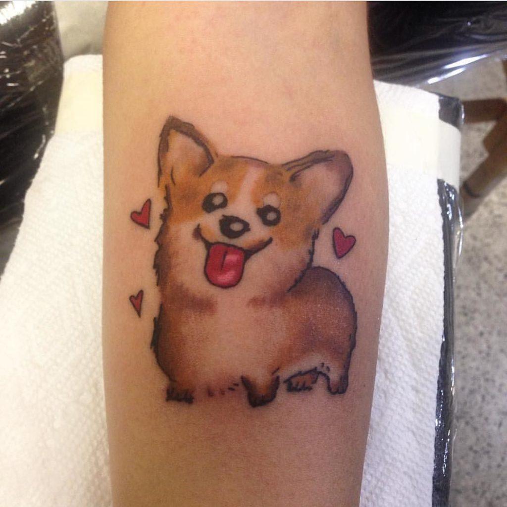 tatuagem de cachorro corgi