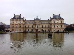 วัง Palais du Luxembourg ในสวน สวน Jardin du Luxembourg