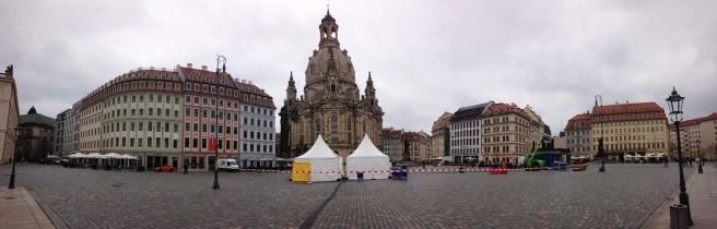 บริเวณเมืองเก่าของ Dresden ที่สวยงามวิจิตร แต่วันนี้อากาศไม่ค่อยดี