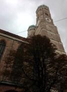Frauenkirche โบสถ์คู่บ้านคู่เมือง สัญลักษณ์ของเมือง Munich