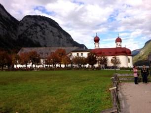 โบสถ์ St. Bartholomä