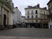 จัตุรัส Place Sainte-Croix