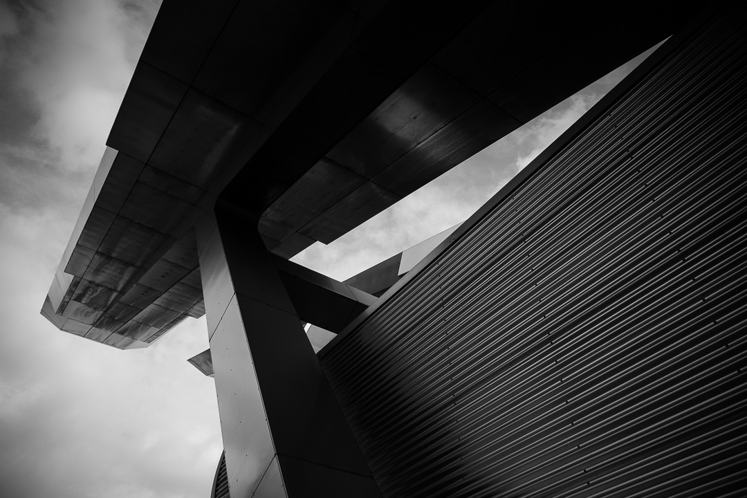 vauxhall-bus-station-london-0214