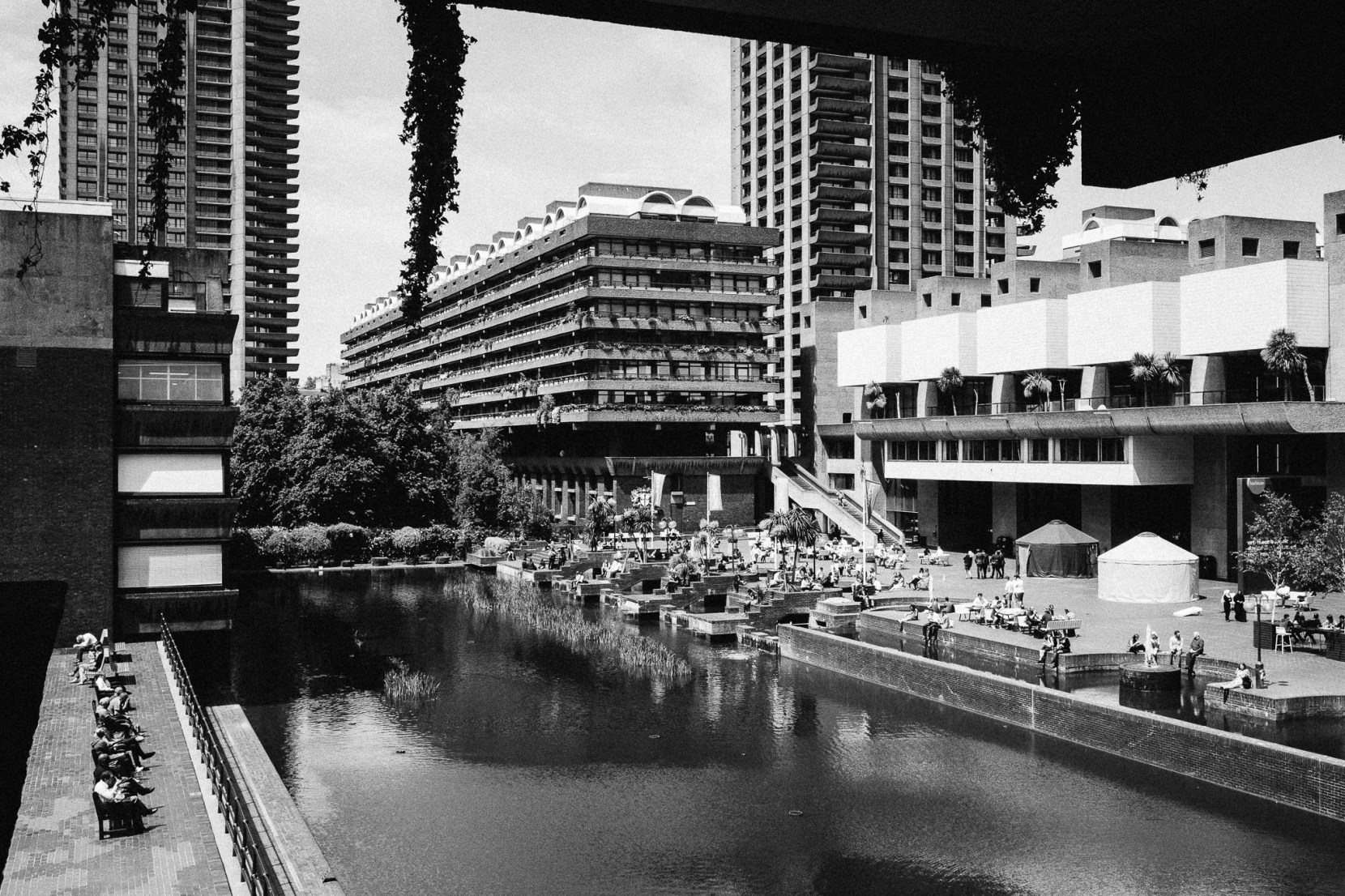 london-barbican-2081-pete-carr