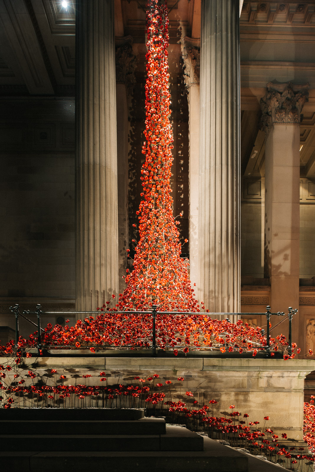 poppies-st-georges-hall-liverpool-3180-pete-carr