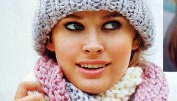 Шапка и трёхцветный шарф вязаные спицами