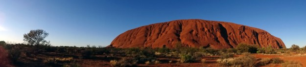 uluru morning panorama